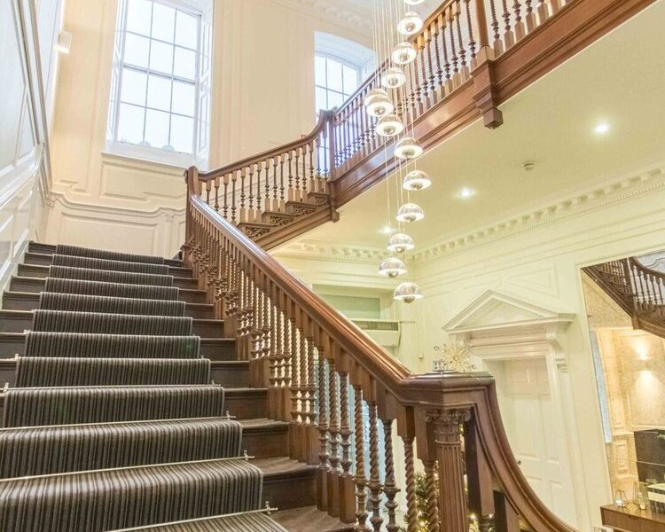 4 Cavendish Square - Serviced Offices West End - Stairway